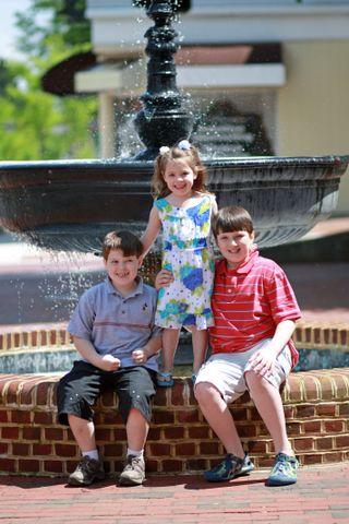 Fountain trio